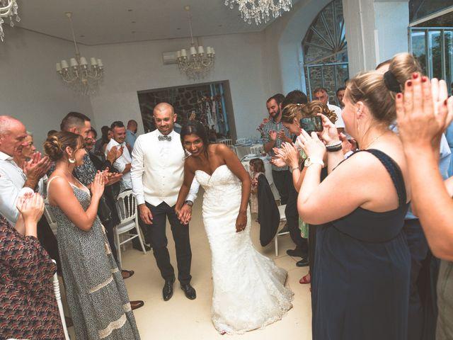Le mariage de Sylvain et Anaïs à Roiffieux, Ardèche 63