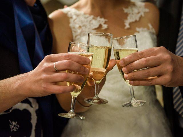 Le mariage de Benoît et Emilie à Bourges, Cher 72