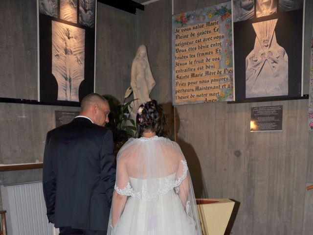 Le mariage de Romuald et Céline à Port-de-Bouc, Bouches-du-Rhône 23