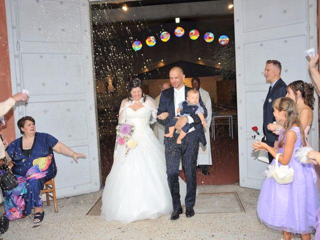 Le mariage de Romuald et Céline à Port-de-Bouc, Bouches-du-Rhône 28