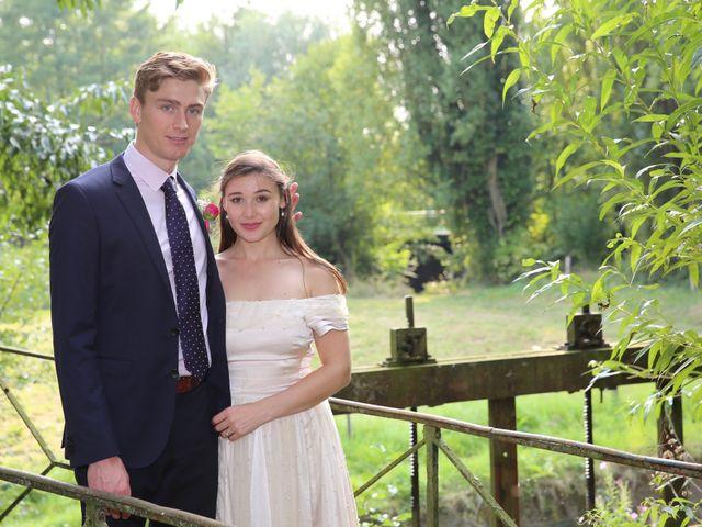 Le mariage de Adrien et Charlotte à Mesnières-en-Bray, Seine-Maritime 32