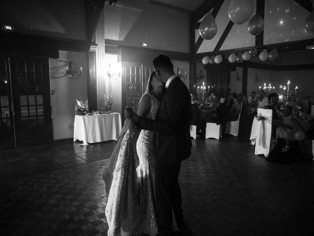 Le mariage de Umberto et Clara à Coubron, Seine-Saint-Denis 5