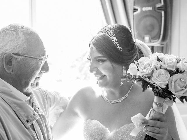 Le mariage de Umberto et Clara à Coubron, Seine-Saint-Denis 18