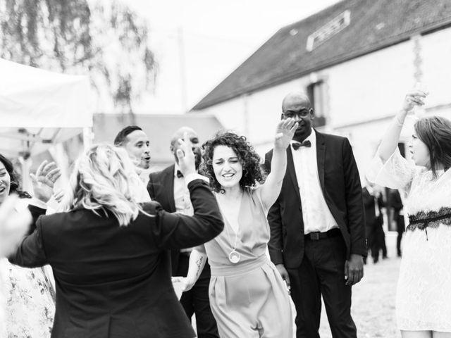 Le mariage de Aziz et Virginie à Chevannes, Yonne 35