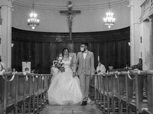 Le mariage de Jonathan et Elodie à Lyas, Ardèche 3