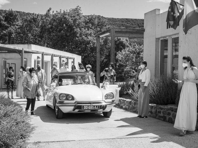 Le mariage de Jonathan et Elodie à Lyas, Ardèche 4