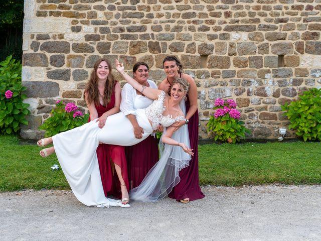 Le mariage de Cyril et Aurore à Vimoutiers, Orne 12