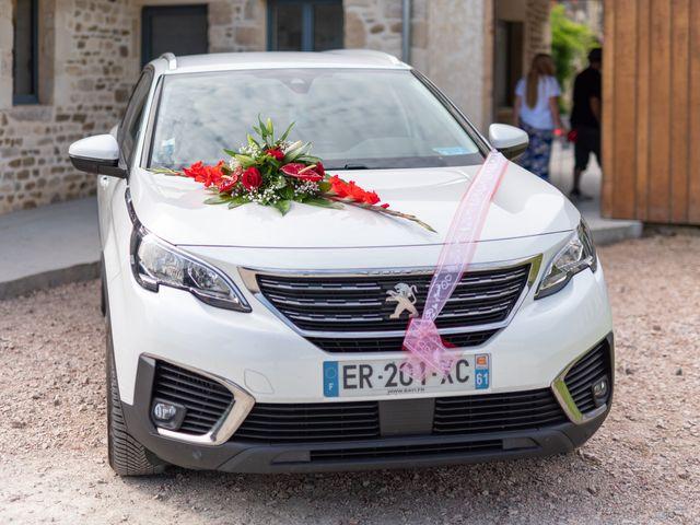 Le mariage de Cyril et Aurore à Vimoutiers, Orne 23
