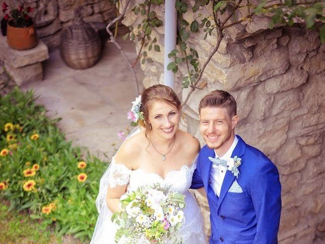 Le mariage de Damien et Marie à Fontienne, Alpes-de-Haute-Provence 36