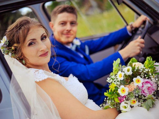 Le mariage de Damien et Marie à Fontienne, Alpes-de-Haute-Provence 41