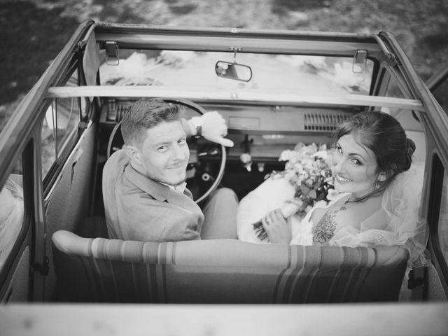 Le mariage de Damien et Marie à Fontienne, Alpes-de-Haute-Provence 42