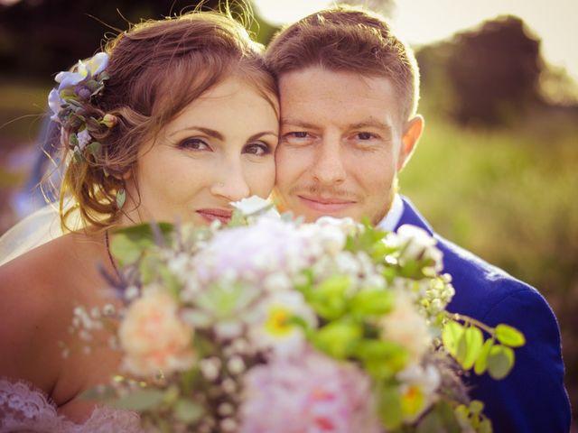 Le mariage de Damien et Marie à Fontienne, Alpes-de-Haute-Provence 44