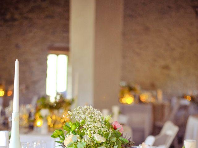 Le mariage de Damien et Marie à Fontienne, Alpes-de-Haute-Provence 54