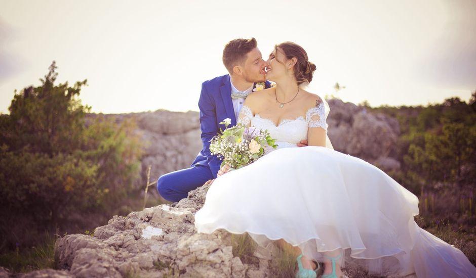 Le mariage de Damien et Marie à Fontienne, Alpes-de-Haute-Provence