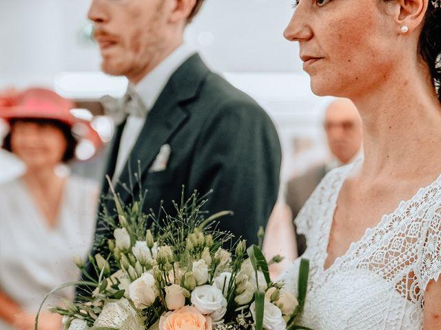 Le mariage de Antoine et Laura à Marguerittes, Gard 14