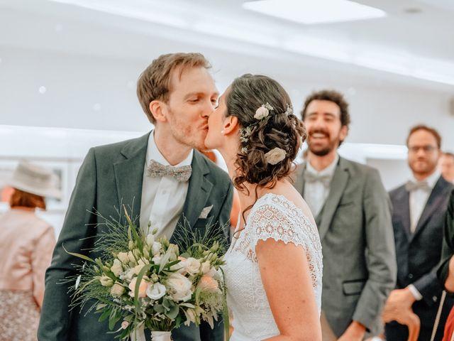 Le mariage de Antoine et Laura à Marguerittes, Gard 15