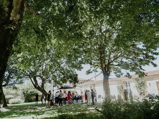 Le mariage de Aurélien et Marion à Crazannes, Charente Maritime 19