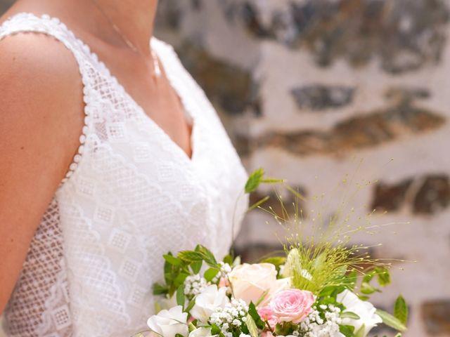 Le mariage de Julien et Mylène à La Fosse-de-Tigné, Maine et Loire 6