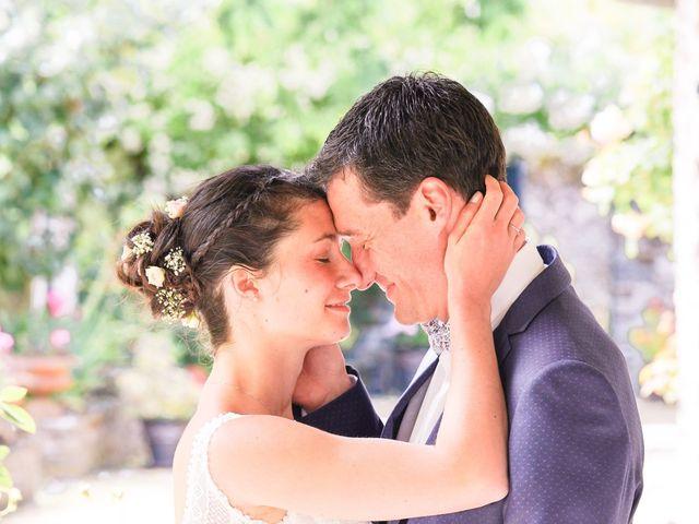 Le mariage de Julien et Mylène à La Fosse-de-Tigné, Maine et Loire 1