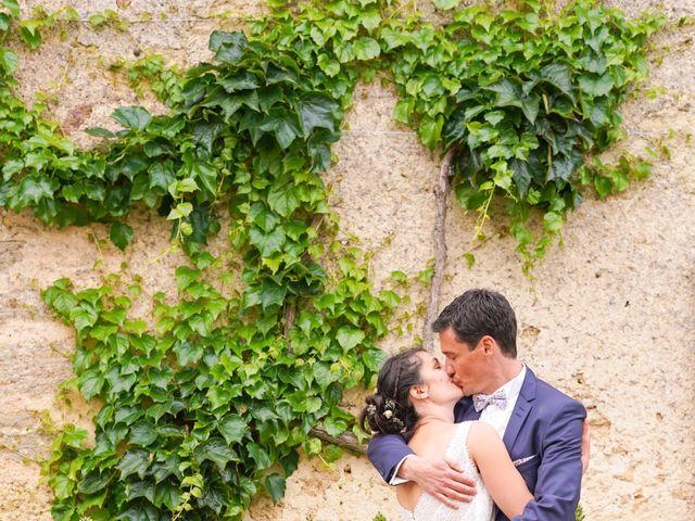 Le mariage de Julien et Mylène à La Fosse-de-Tigné, Maine et Loire 9