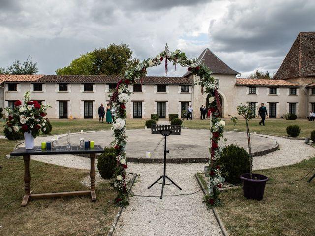 Le mariage de Mickaël et Déborah à Saint-Léon-sur-l'Isle, Dordogne 20