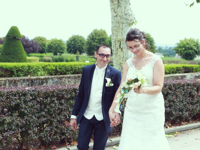 Le mariage de Stéphan et Céline à Saint-Jean-d'Ardières, Rhône 28