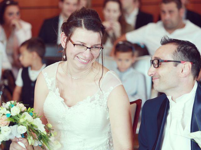 Le mariage de Stéphan et Céline à Saint-Jean-d'Ardières, Rhône 32