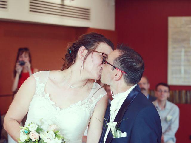 Le mariage de Stéphan et Céline à Saint-Jean-d'Ardières, Rhône 35