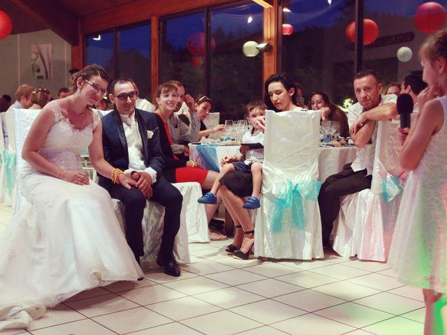 Le mariage de Stéphan et Céline à Saint-Jean-d'Ardières, Rhône 63