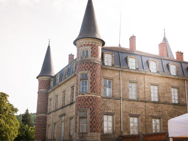 Le mariage de César et Pauline à Marols, Loire 24