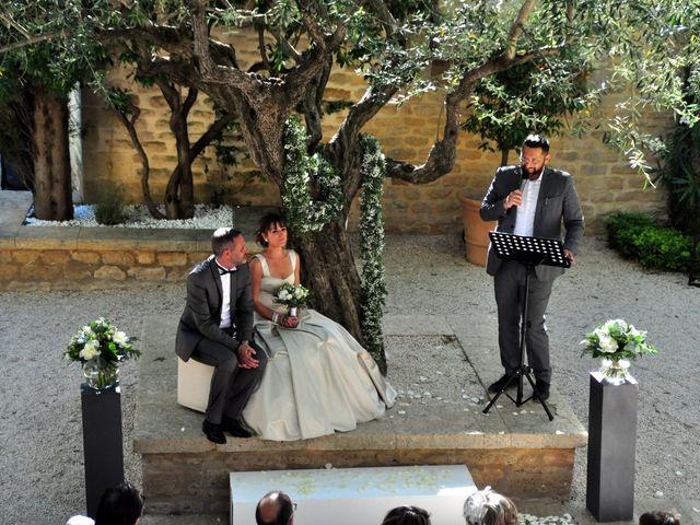 Le mariage de Sébastien et Audrey à Vers-Pont-du-Gard, Gard 9