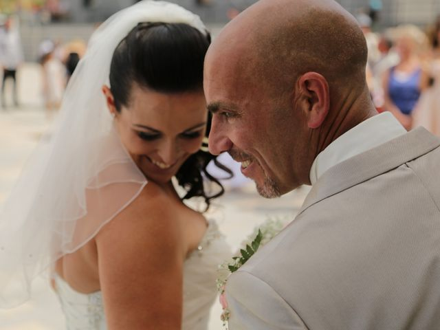 Le mariage de Cédric et Véronique à Berre-l'Étang, Bouches-du-Rhône 14
