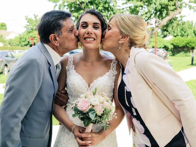 Le mariage de Éric et Livia à Saint-Germain-de-la-Grange, Yvelines 53