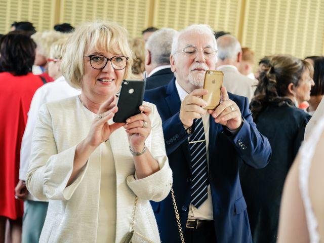 Le mariage de Éric et Livia à Saint-Germain-de-la-Grange, Yvelines 82