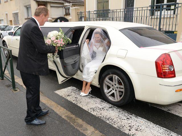 Le mariage de Emilie et Jean-Paul à Maurepas, Yvelines 19