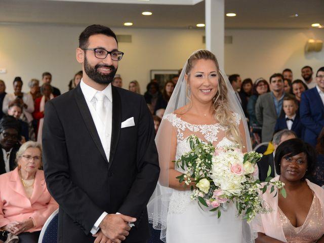 Le mariage de Emilie et Jean-Paul à Maurepas, Yvelines 33