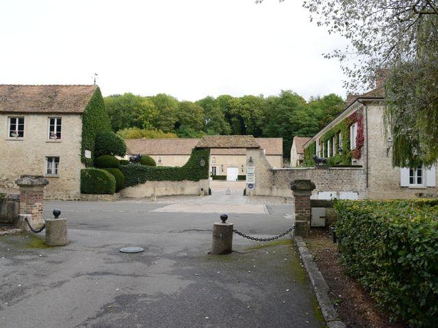 Le mariage de Emilie et Jean-Paul à Maurepas, Yvelines 44