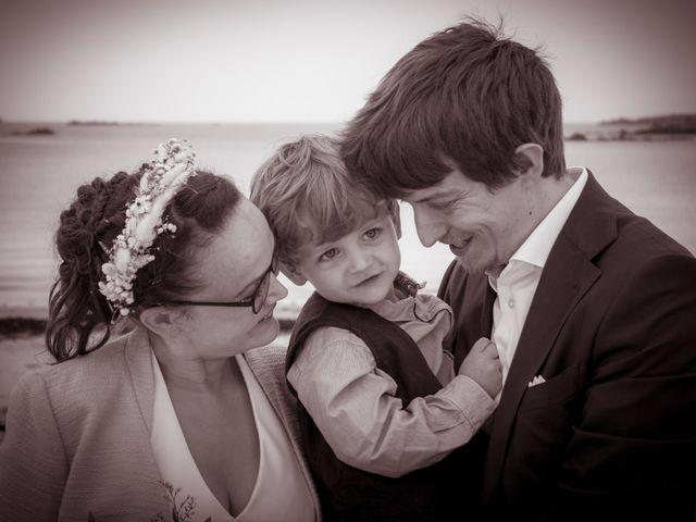 Le mariage de Guillaume et Iris à Landéda, Finistère 13