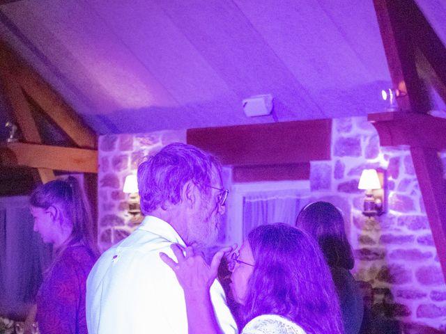 Le mariage de Guillaume et Iris à Landéda, Finistère 32