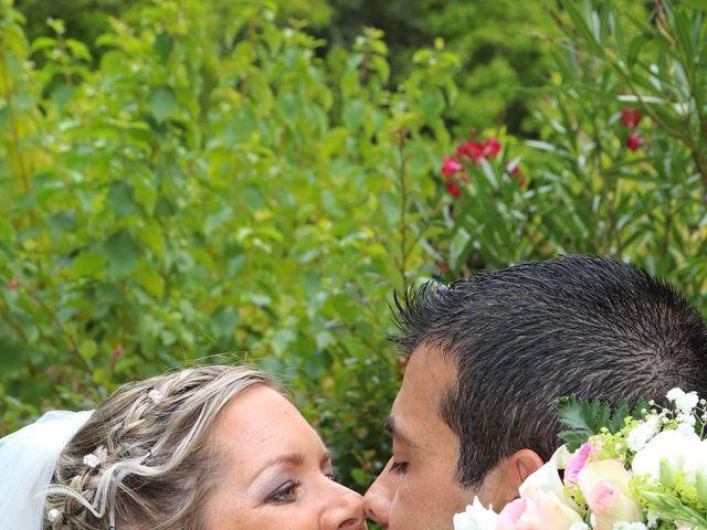 Le mariage de Jean Louis et Aurélie à Saint-Antoine-sur-l'Isle, Gironde 9