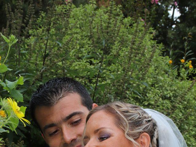 Le mariage de Jean Louis et Aurélie à Saint-Antoine-sur-l'Isle, Gironde 12
