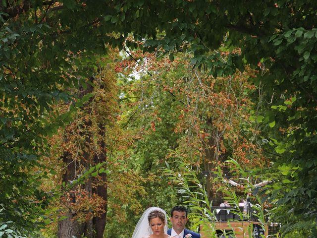 Le mariage de Jean Louis et Aurélie à Saint-Antoine-sur-l'Isle, Gironde 13