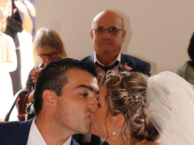 Le mariage de Jean Louis et Aurélie à Saint-Antoine-sur-l'Isle, Gironde 14