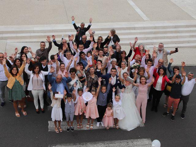Le mariage de Jean Louis et Aurélie à Saint-Antoine-sur-l'Isle, Gironde 2
