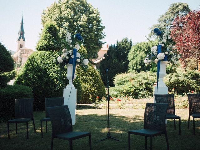 Le mariage de Mathieu et Delphine à Le Perréon, Rhône 4