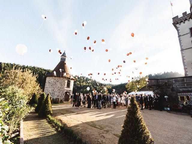 Le mariage de Tristan et Charlotte à Miremont , Puy-de-Dôme 2