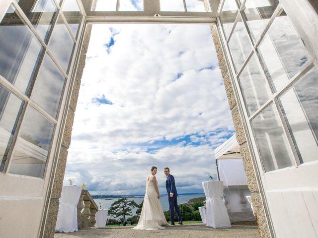 Le mariage de Guillaume et Marie-Sarah à Saint-Briac-sur-Mer, Ille et Vilaine 15