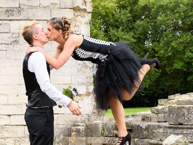 Le mariage de Guillaume et Mélanie à Verneuil-en-Halatte, Oise 12