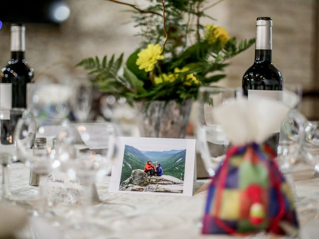 Le mariage de Amaury et Yuna à Saint-Jean-du-Bruel, Aveyron 28