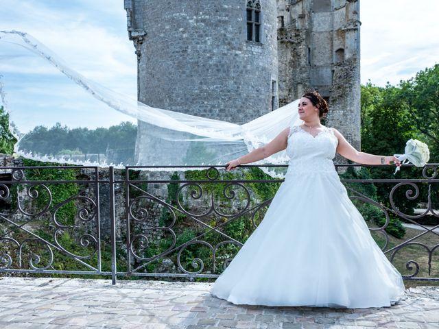 Le mariage de Benjamin et Ana à Mehun-sur-Yèvre, Cher 14